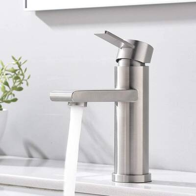#9. VCCUCINE Modern Single-Handle Bathroom Faucet