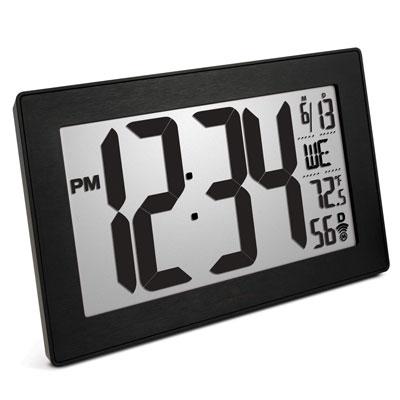 #8. Marathon Atomic Digital Wall Clock