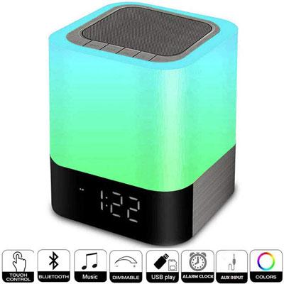 #9. HETYRE Digital Alarm Clock with USB Port
